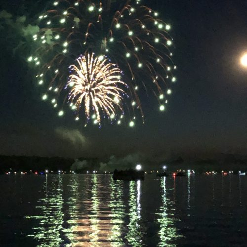 Lac La Belle 2021 Fireworks Sizzled!